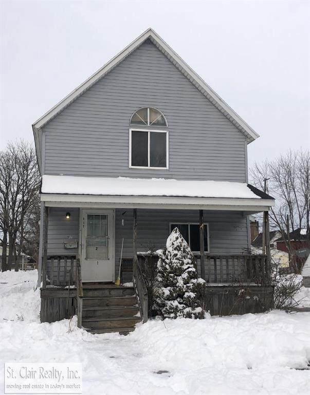 917 Pine, Port Huron, MI 48060 (#58050034520) :: GK Real Estate Team
