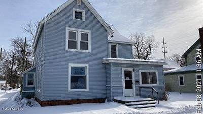 404 N Front Street, Dowagiac, MI 49047 (#69021005510) :: GK Real Estate Team