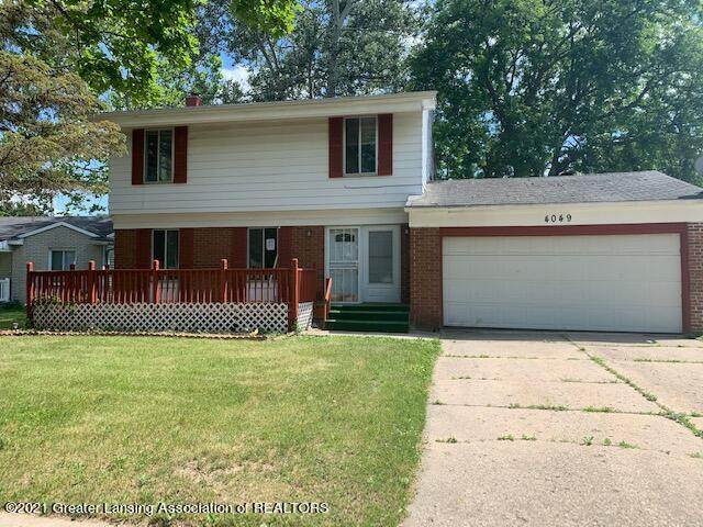 4049 Sheffield Boulevard, Lansing, MI 48911 (#630000253249) :: GK Real Estate Team