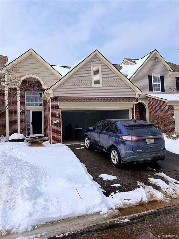 43059 Providence Lane, Canton Twp, MI 48188 (MLS #2210012300) :: The Toth Team