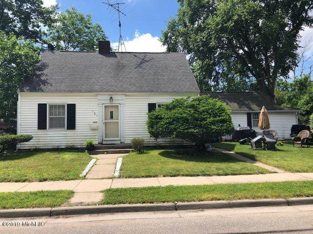 131 E Hackley Avenue, Muskegon Heights, MI 49444 (#71021005665) :: GK Real Estate Team