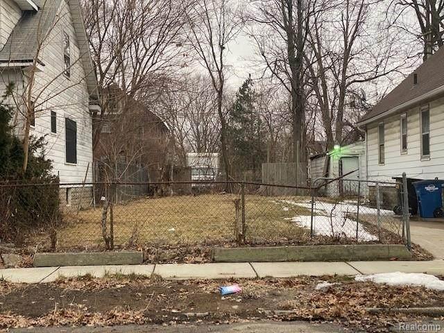 15780 Alden, Detroit, MI 48238 (#2210013385) :: Novak & Associates