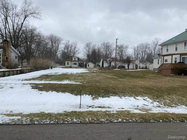 00 Moore Street, Marlette, MI 48453 (#2210014131) :: Real Estate For A CAUSE