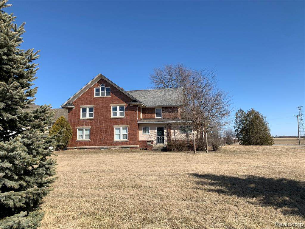28049 School Section Road - Photo 1