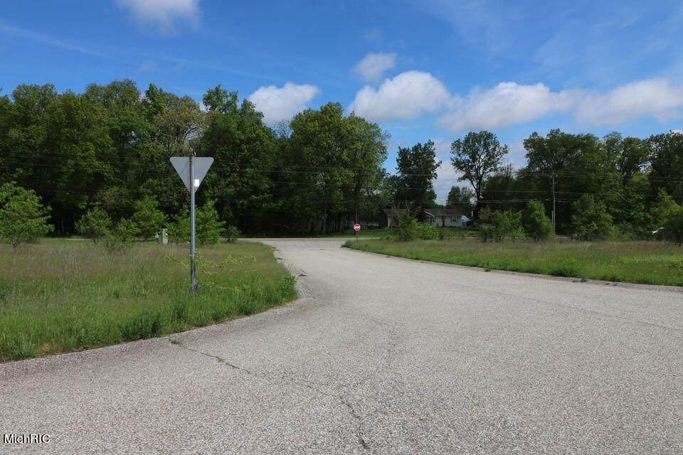 VL Ashley Road - Photo 1