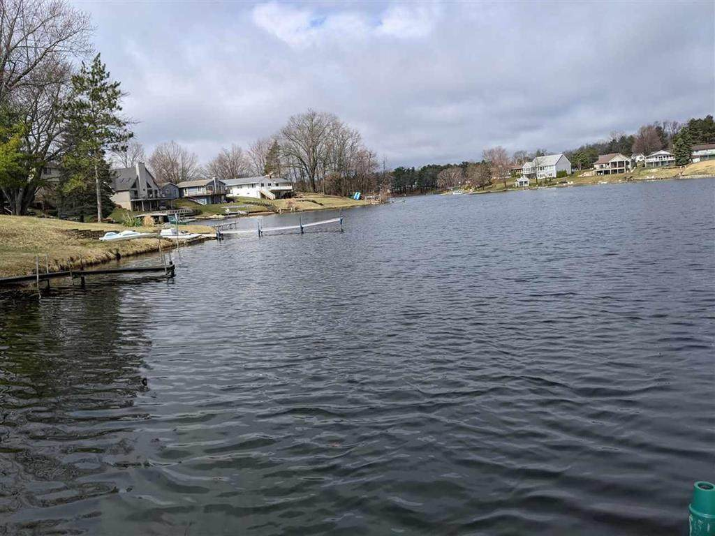 11850 Lakeside Dr - Photo 1