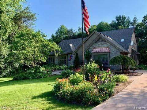 3484 Landview Drive, Oakland Twp, MI 48306 (#2210020861) :: Real Estate For A CAUSE