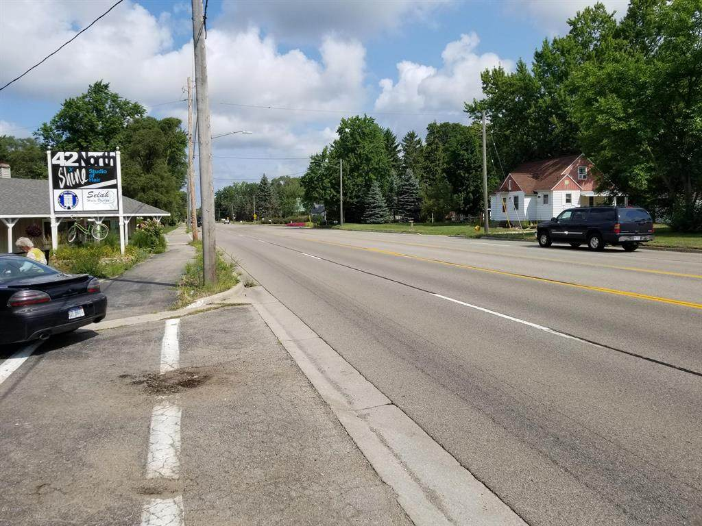656 Butternut Drive - Photo 1
