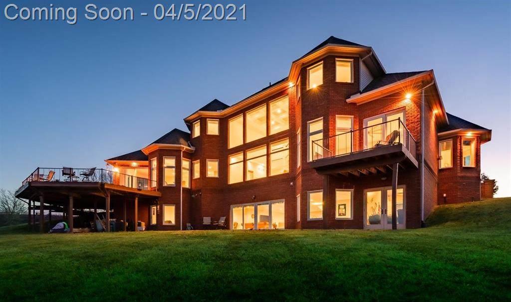 9295 Sunset Lake Drive - Photo 1