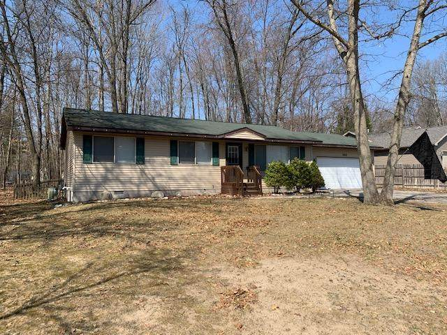 302 Butterfield Lane, Roscommon Twp, MI 48629 (#72021010922) :: Real Estate For A CAUSE