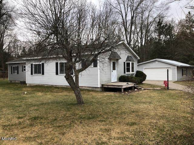 20397 Hayes Road, Mecosta Twp, MI 49307 (#72021011262) :: NextHome Showcase