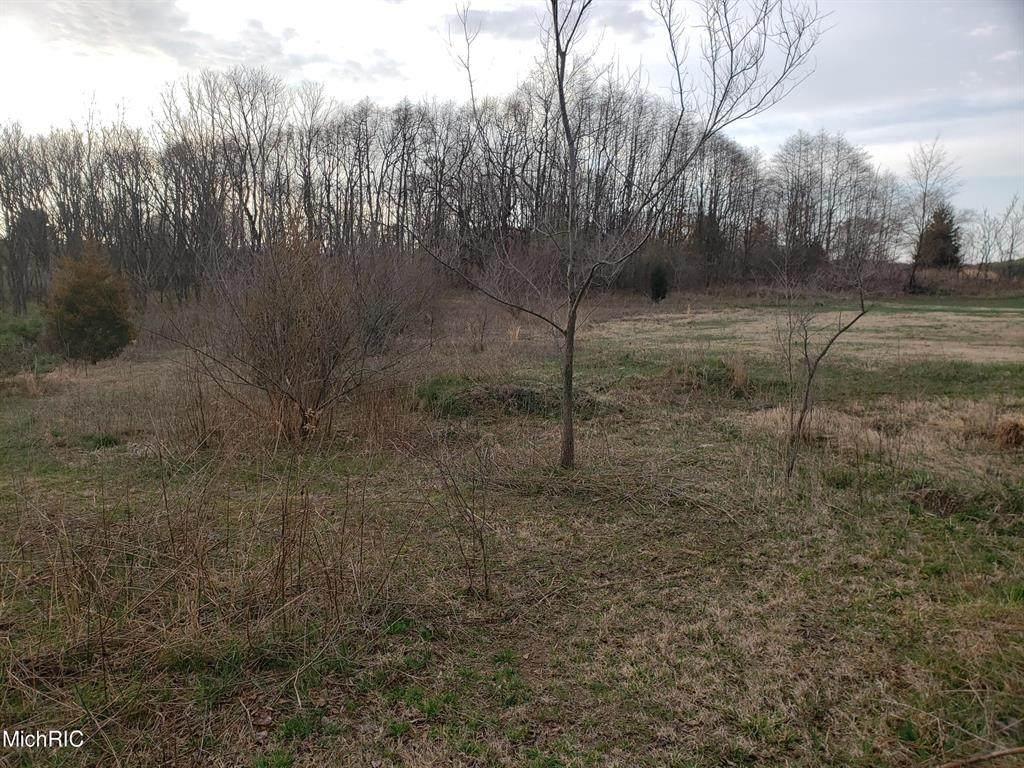 5688 Meadow Lane - Photo 1
