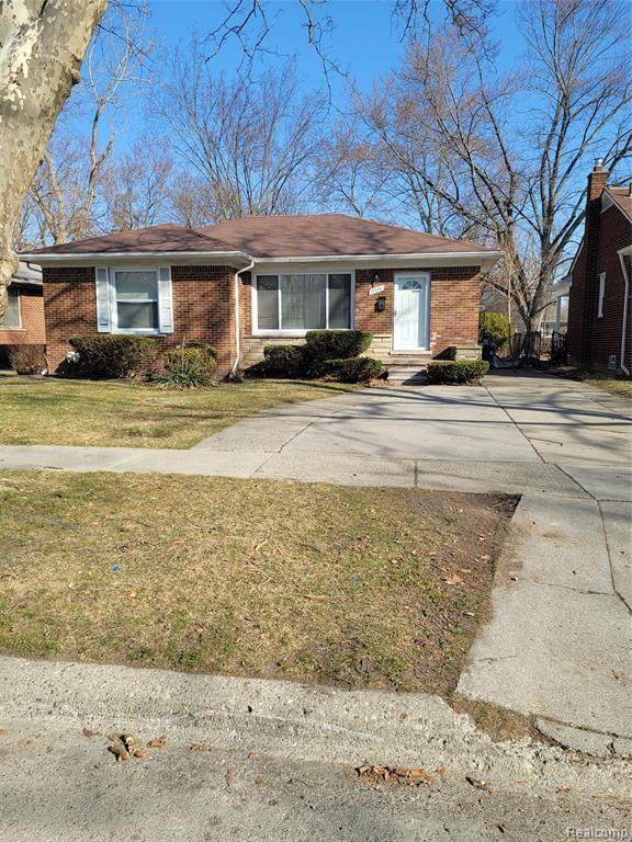 13320 Rosemary Boulevard, Oak Park, MI 48237 (#2210024648) :: GK Real Estate Team