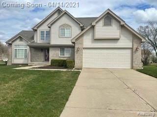 27460 Cranbrook, Farmington Hills, MI 48336 (#2210024650) :: GK Real Estate Team