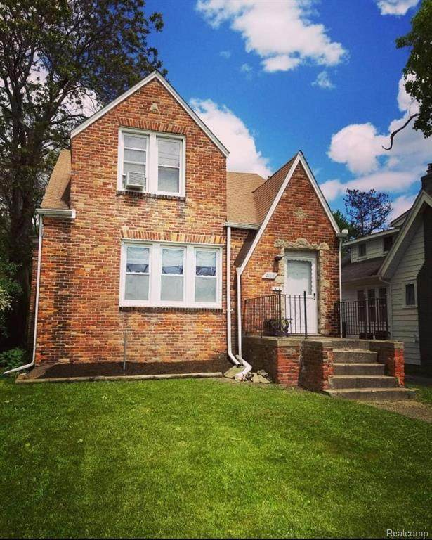 2018 Crooks Road, Royal Oak, MI 48073 (#2210025964) :: Real Estate For A CAUSE
