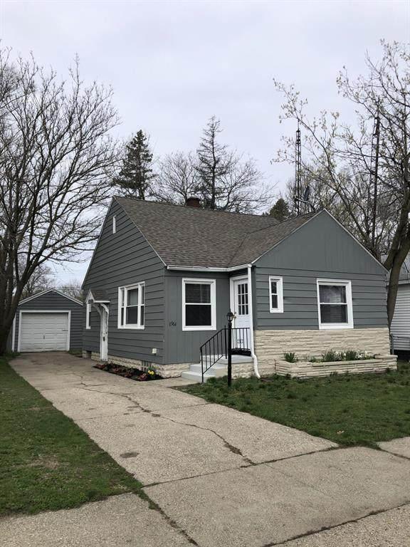 1961 Wood Street, Muskegon, MI 49442 (#65021012595) :: GK Real Estate Team