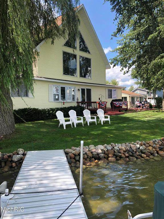 5372 Lake Shore Drive, Nottawa Twp, MI 48893 (#65021012689) :: Real Estate For A CAUSE