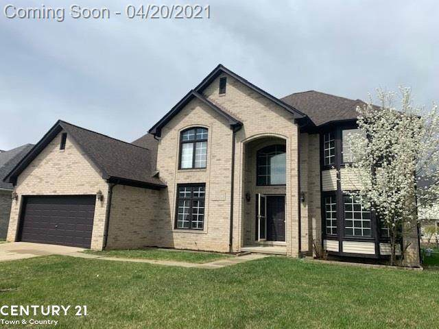 16255 Angora Lane, Macomb Twp, MI 48044 (#58050039104) :: The Alex Nugent Team | Real Estate One