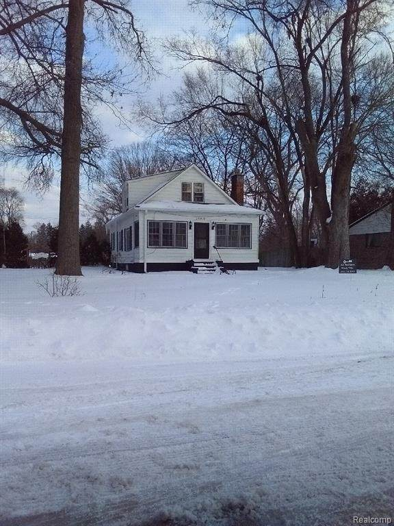 15100 Garfield, Redford Twp, MI 48239 (#2210026729) :: Real Estate For A CAUSE