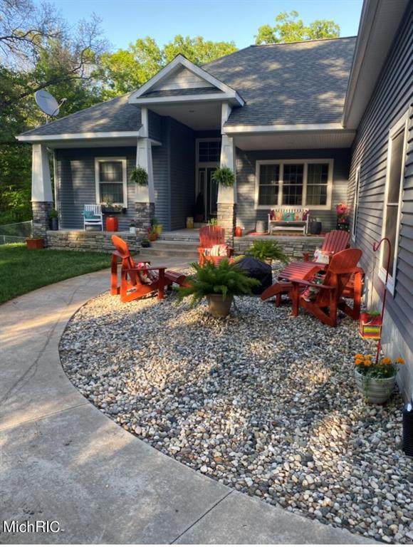 1452 Simonelli Road, Laketon Twp, MI 49445 (MLS #72021012848) :: The John Wentworth Group