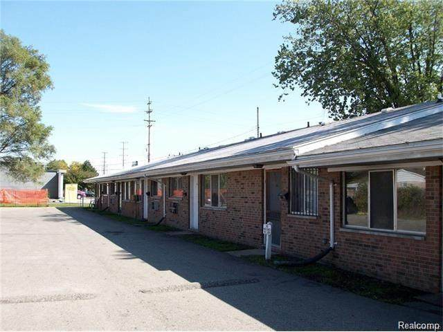 3807-17 Lippincott, Flint, MI 48507 (#2210027438) :: Novak & Associates