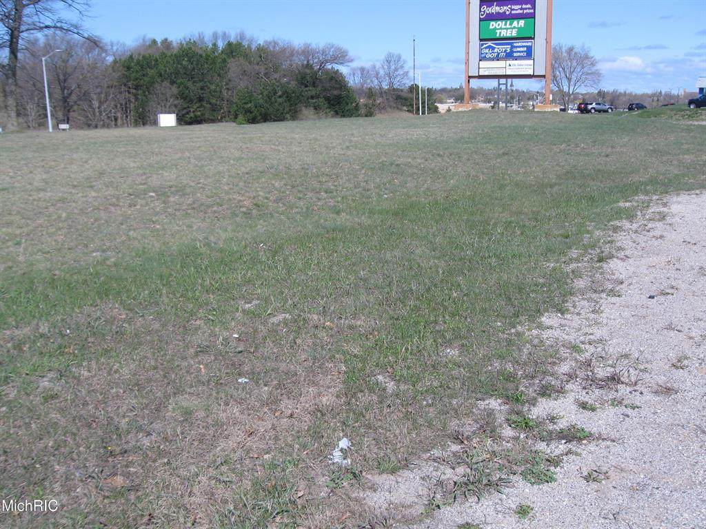 Us 31 South - Manistee Hwy. - Photo 1