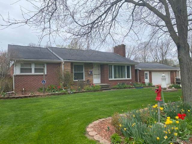 8414 Jennings Road, Mundy Twp, MI 48473 (#2210028818) :: Novak & Associates