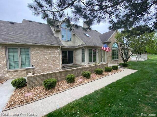 16838 Boulder Way, Macomb Twp, MI 48042 (#2210032469) :: RE/MAX Nexus