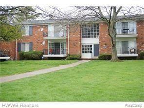 422 N Fox Hills Dr #5, Bloomfield Twp, MI 48304 (#2210032539) :: NextHome Showcase