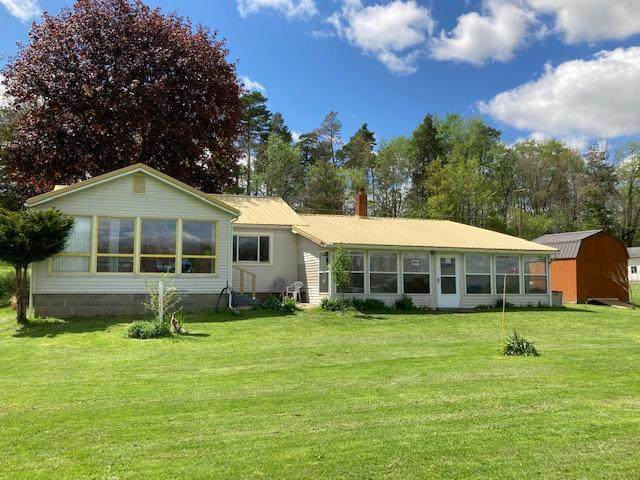 5711 Paradise Dr, Reading Twp, MI 49274 (#53021015871) :: Real Estate For A CAUSE
