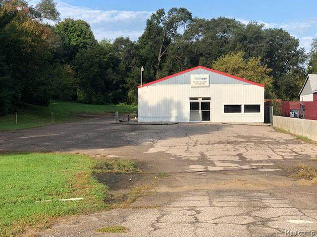 1852 Old Us Highway 23, Brighton Twp, MI 48114 (#2210033219) :: Real Estate For A CAUSE