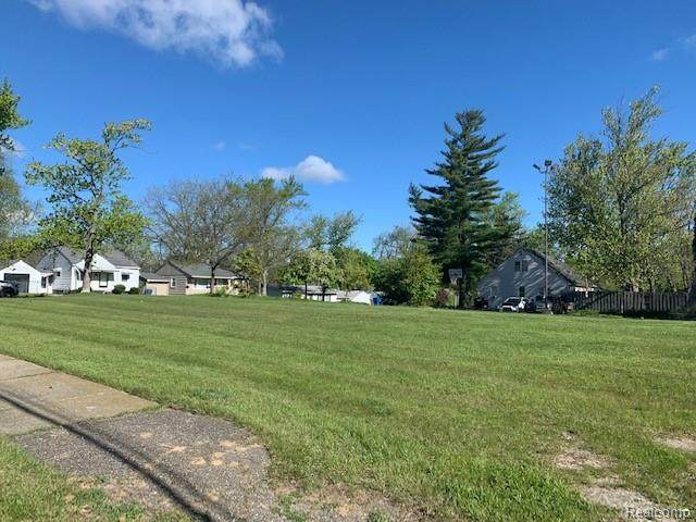 vacant Pioneer, Waterford Twp, MI 48328 (#2210033328) :: Real Estate For A CAUSE