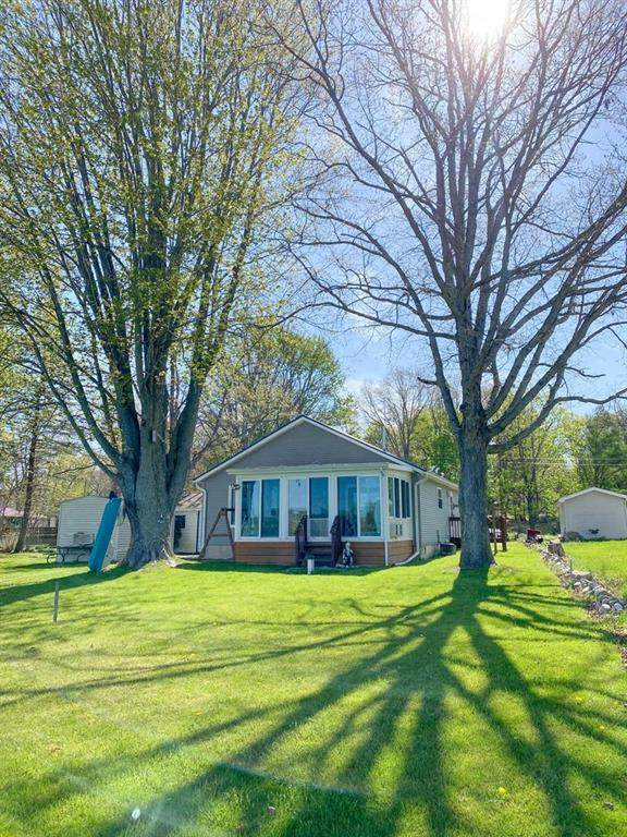 1276 S Blossom Lake Dr, Sherwood Twp, MI 49040 (#62021016279) :: Real Estate For A CAUSE