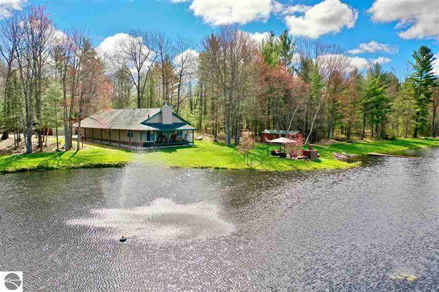 6601 Drake Drive, Haring Twp, MI 49601 (#72021016325) :: The Alex Nugent Team | Real Estate One