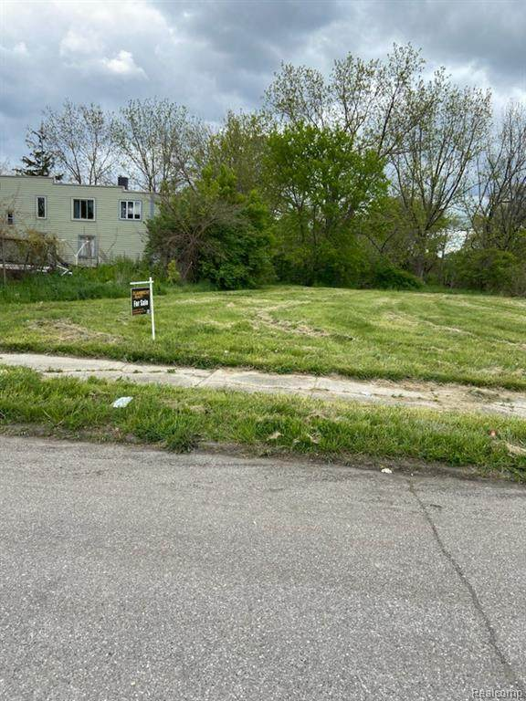 1830 Spruce, Detroit, MI 48216 (#2210033810) :: Real Estate For A CAUSE