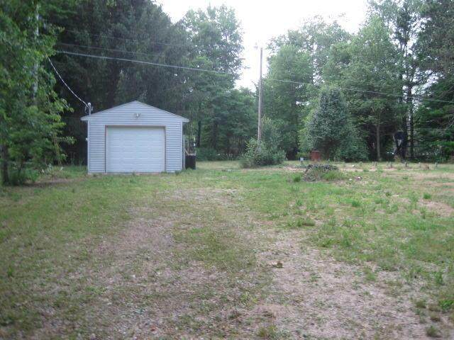 38830 Paw Paw Road, Paw Paw Twp, MI 49079 (#66021017458) :: The Mulvihill Group