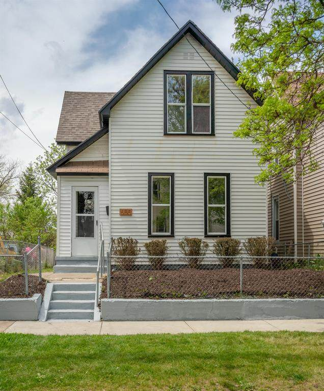 655 Oakland Avenue SW, Grand Rapids, MI 49503 (#65021017641) :: Alan Brown Group