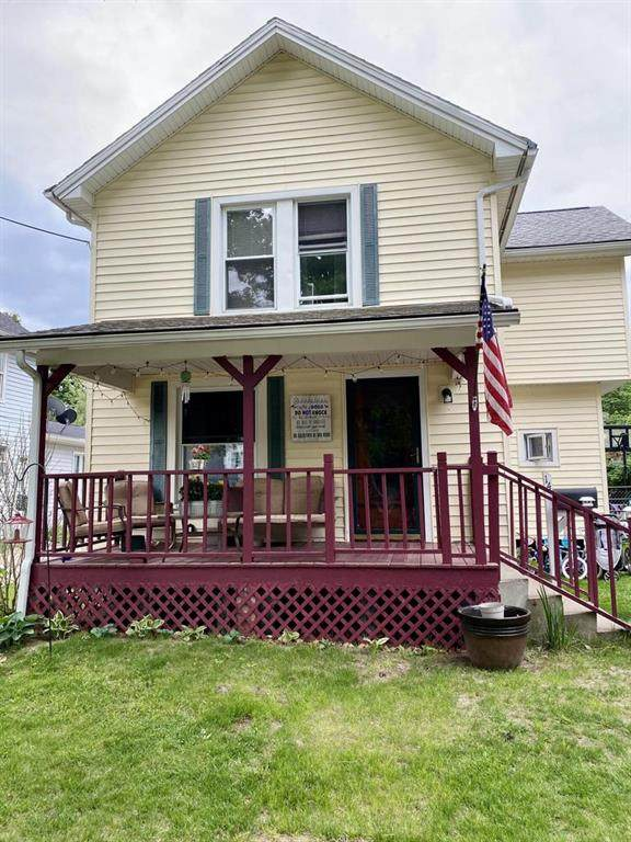 14 Armstrong St - Photo 1