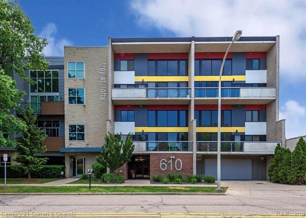 610 Troy Street - Photo 1