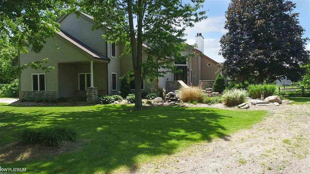 8211 Frith Rd - Photo 1