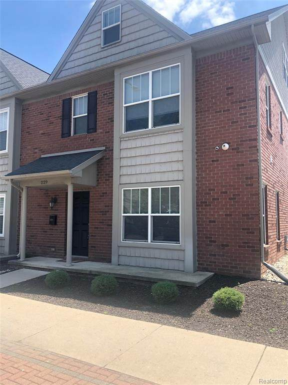 229 Oak Street N, Wyandotte, MI 48192 (#2210042966) :: GK Real Estate Team