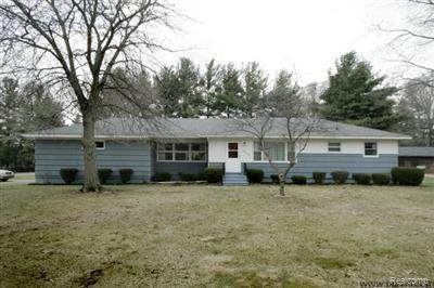 6133 Purdy Drive, Pennfield Twp, MI 49017 (#2210045337) :: Alan Brown Group