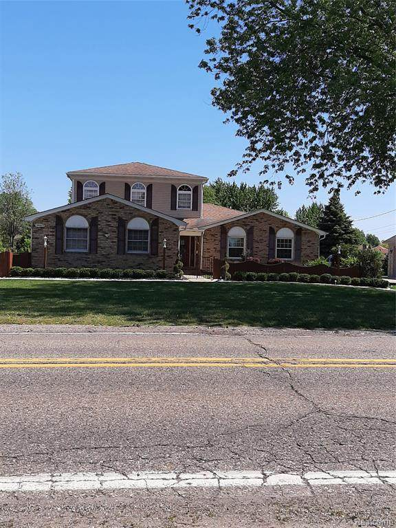 14623 Clinton River Road, Sterling Heights, MI 48313 (#2210047270) :: Alan Brown Group