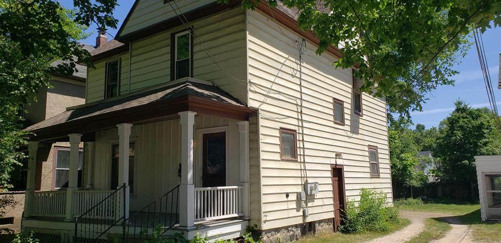 823 Walnut Street - Photo 1