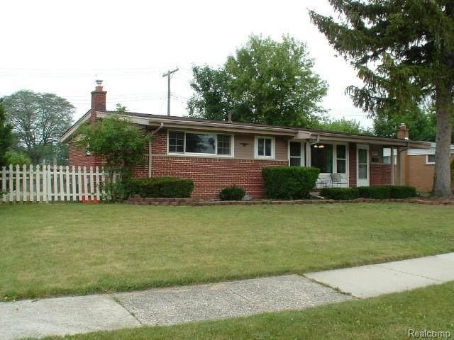 10035 Camden Street, Livonia, MI 48150 (#2210047848) :: Novak & Associates