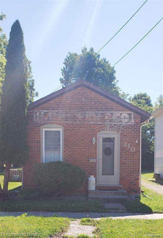 310 N Pearl Street, Tecumseh, MI 49286 (#2210049518) :: GK Real Estate Team