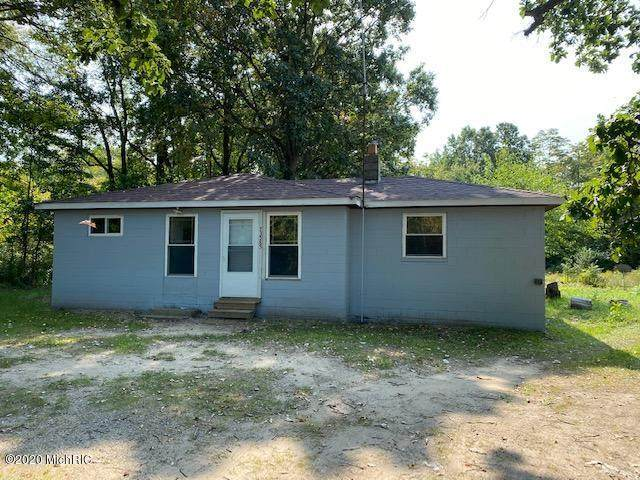 73585 28th Avenue, Covert Twp, MI 49043 (#71021025265) :: Real Estate For A CAUSE