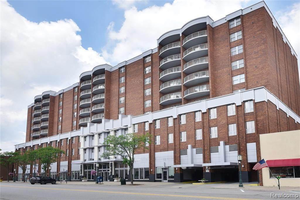 411 Old Woodward Ave Avenue - Photo 1