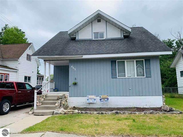 645 N Lake Street, Cadillac, MI 49601 (#67021064946) :: Novak & Associates