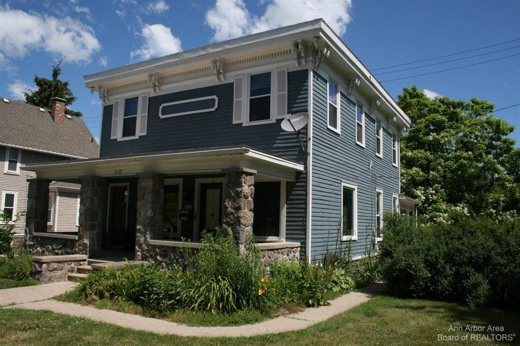 3225 Central Street - Photo 1